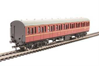 34-700C Mk1 suburban CL composite M41014 in BR maroon with passenger figures