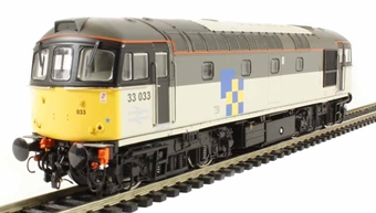 3434 Class 33/0 diesel 33033 in Railfreight Construction Sector triple grey