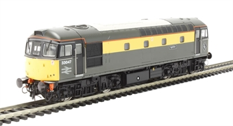 """3436 Class 33/0 33047 'Spitfire' in BR engineers """"Dutch"""" yellow & grey"""