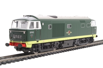 3522 Class 35 Hymek D7012 in BR two-tone green with no yellow ends