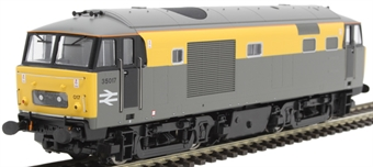 """3530 Class 35 'Hymek' 35017 """"Williton"""" in Civil Engineers 'Dutch' - as preserved"""