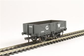 37-068 5 plank wagon 111981 in GWR grey