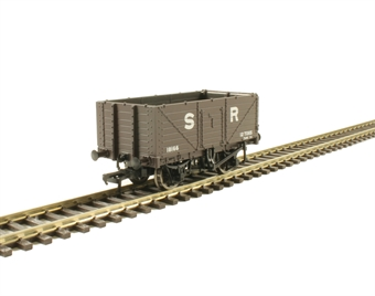 37-090 7 plank wagon with end door 18166 in SR brown