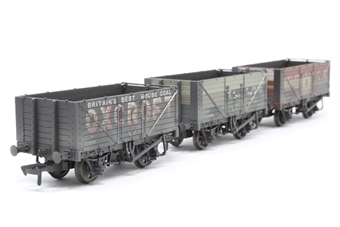 37-096-PO05 Pack of 3 7 plank 'Coal trader' BR (P numbered) wagons - weathered - Pre-owned - Like new