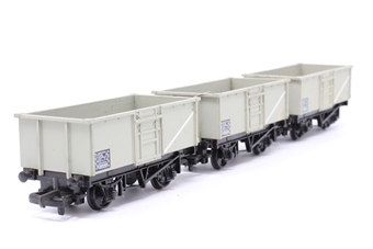 37-133MAIN-PO15 Pack of three 16T Mineral Wagons B265451 in BR Grey - Pre-owned - sold as seen - minor marks - replacement box