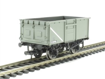 37-378 16 ton pressed end door steel mineral wagon in BR grey £15.26