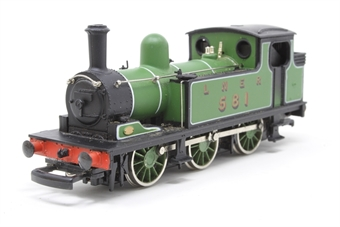 37054-PO15 Class J72 0-6-0T 581 LNER Green - Pre-owned - slow noisy runner, missing coupling hook, replacement box £25