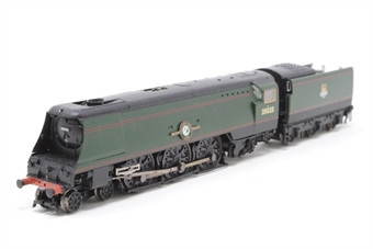372-311-PO02 Class 21C1 Merchant Navy 4-6-2 35023 'Holland-Afrika Line' BR green with early emblem - Pre-owned - Like new