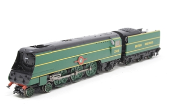 372-313-PO01 Class 21C1 Merchant Navy 4-6-2 35021 'New Zealand Line' in BR Malachite green - Pre-owned - incorrect box - no inner packaging