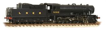 372-428 Class WD Austerity 2-8-0 3085 in LNER black
