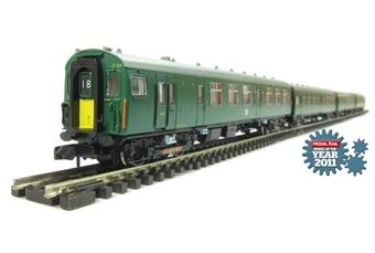 372-676 Class 411 4 CEP 4 car EMU in BR green (Southern Region) with yellow warning panels £137.02