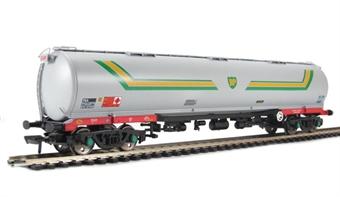38-112A 100 Ton TEA bogie tank wagon in BP grey £32