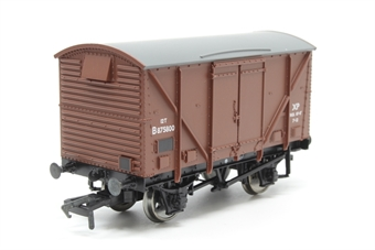 38-180-PO10 12 ton plywood fruit van in BR bauxite (early) livery - Pre-owned - Like new