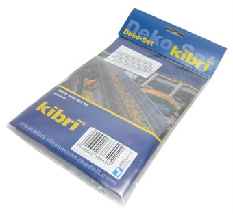 38649KIB Construction fencing HO scale £15