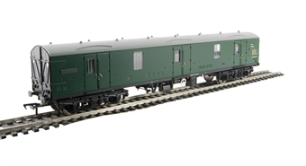 39-273A BR Mk1 GUV (SR) Green £17