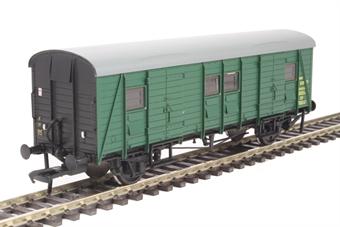 39-530 SR PMV parcels van S1151S in BR green with black ends