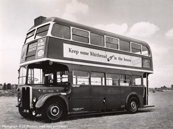 40302EFE Cravens RT in London Transport green