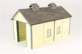 44-0029 Wooden single-road engine shed