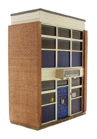 44-235 Low Relief British Transport Police Station (74 x 30 x 90mm)