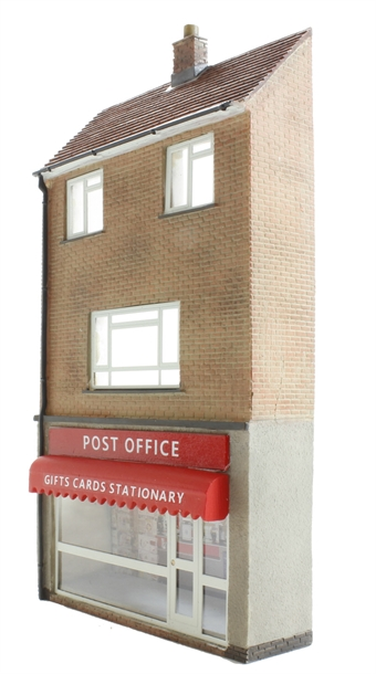 44-248 Low relief post office with maisonette (70 x 19 x 132mm)