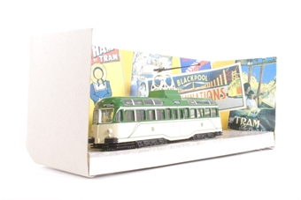 "44001-LN04 Brush 1937 streamlined tram in original livery (00 scale but NOT motorisable) ""Blackpool"" - Pre-owned - Like new £24"