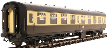 4913 Mk1 SO second open in BR chocolate and cream - unnumbered