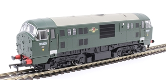 4D-012-004D Class 22 D6325 in BR green with no yellow panels and disc headcodes - DCC fitted