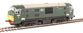 4D-012-009 Class 22 D6322 in BR green with small yellow panels and disc headcodes