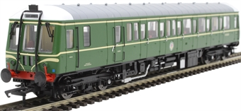 4D-015-008D Class 122 single car DMU 'Bubblecar' W55018 in BR green with speed whiskers - Digital fitted