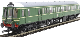 4D-015-008 Class 122 single car DMU 'Bubblecar' W55018 in BR green with speed whiskers