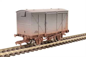 4F-011-020 12-ton ventilated van M183312 in BR grey - weathered