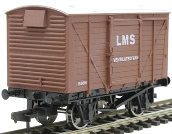 4F-011-023 12 ton ventilated van 155016 in LMS bauxite