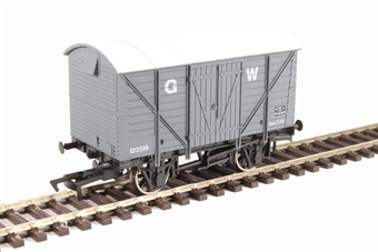 4F-012-011 12-ton ventilated van 123519 in GWR grey