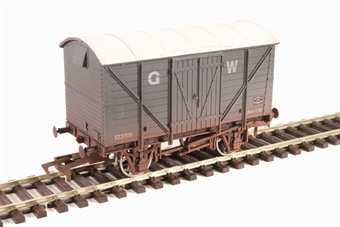 4F-012-012 12-ton ventilated van 123519 in GWR grey - weathered