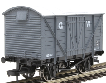 4F-012-021 12 ton ventilated van 123550 in GWR grey
