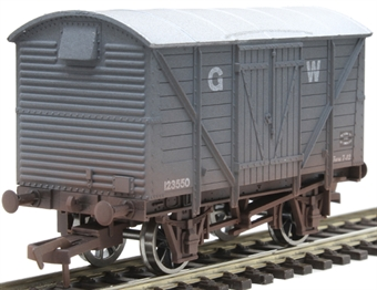 4F-012-022 12 ton ventilated van 123550 in GWR grey - weathered