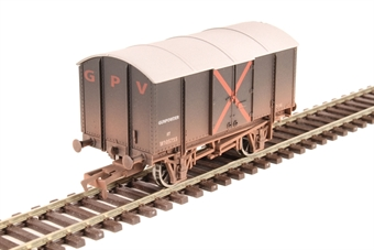 4F-013-032 4-wheel Gunpowder van W105755 in GWR livery - weathered