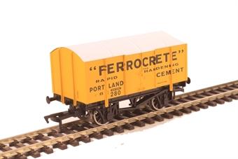 4F-013-118 GPV Gunpowder van in Ferrocrete livery