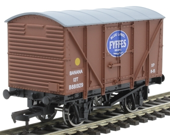 4F-016-033 12 ton banana van B881929 in BR bauxite with Fyffes logo