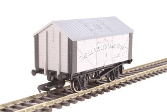 "4F-017-017 4-wheel lime wagon ""Llynclys Lime Works"""