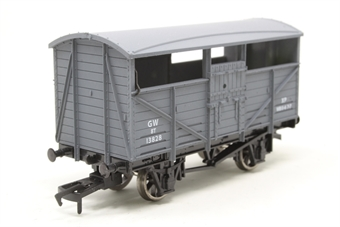 4F-020-013-PO Cattle Wagon GWR 13828 - Pre-owned - Like new