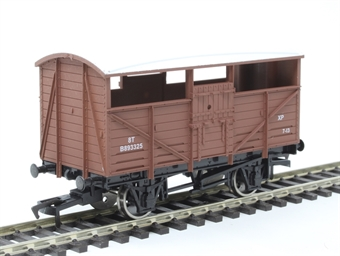 4F-020-029 8 ton cattle wagon B893325 in BR bauxite