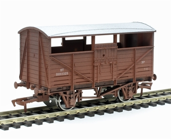 4F-020-030 8 ton cattle wagon B893325 in BR bauxite - weathered