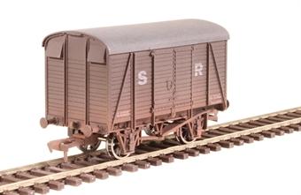4F-021-014 12 ton box van 44615 in SR brown - weathered