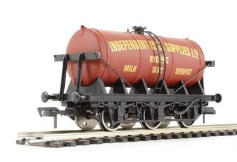 """4F-031-011 6 wheel milk tanker """"Independent Milk Supplies"""""""