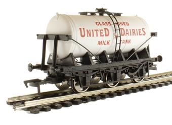"4F-031-019 6 wheel milk tanker ""United Dairies"" £14"