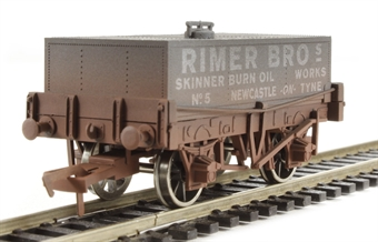 "4F-032-002 Rectangular tank wagon ""Rimer Bros."" - weathered"