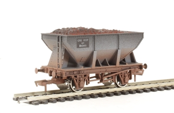 4F-033-002 24 Ton steel ore hopper BR - weathered
