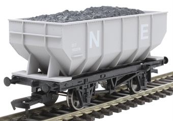 4F-034-031 21 ton mineral hopper 193270 in NE grey £10.50