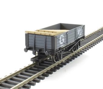 4F-040-007 4-plank open wagon in GWR grey
